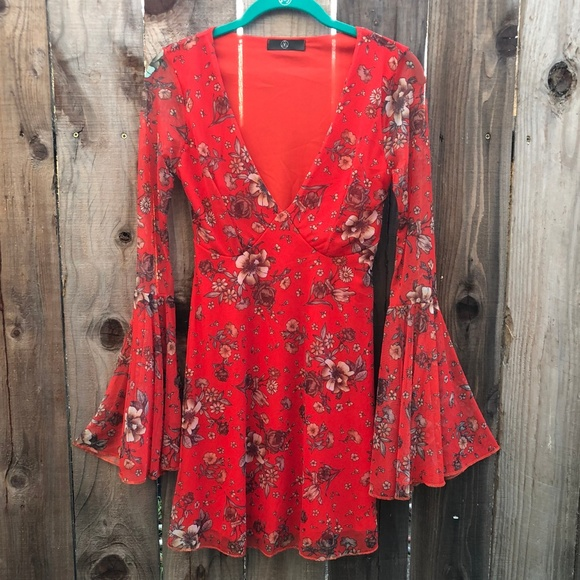 Missguided Dresses & Skirts - Missguided Red Floral Fit & Flare V-Neck Dress